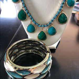 Turquoise&Green Necklace w/Gold chain & bracelet